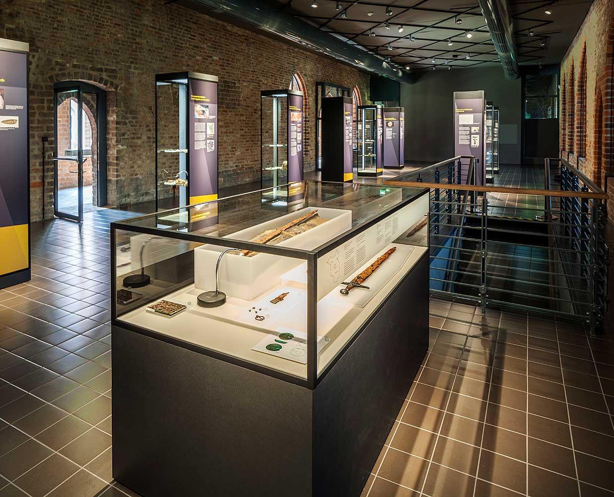 """Archäologisches Landesmuseum Brandenburg, """"Zeugen der Vergangenheit"""", Brandenburg an der Havel"""